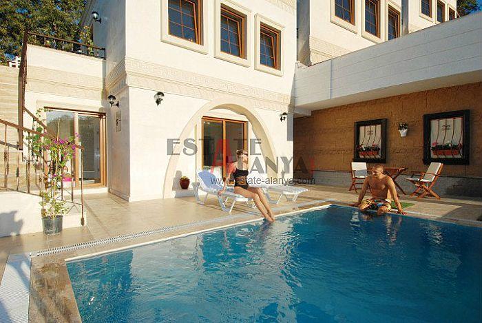 balkong 2 etasje villa